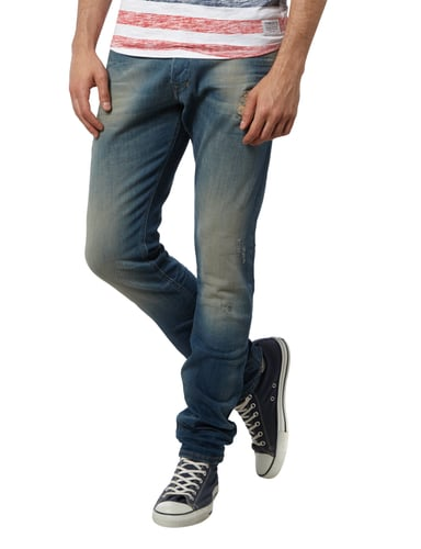 Jeans Slim Fit Jeans Diesel  SlimCarrot Fit Jeans im Destroyed Look