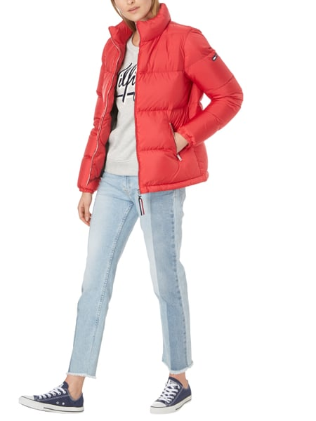tommy jeans daunenjacke mit stehkragen in rot online kaufen 9685835 p c online shop. Black Bedroom Furniture Sets. Home Design Ideas