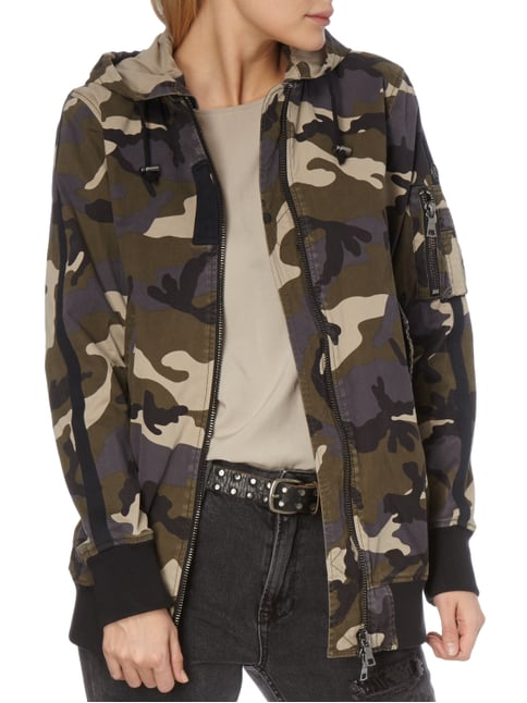 blonde no 8 jacke mit camouflage muster khaki 1. Black Bedroom Furniture Sets. Home Design Ideas