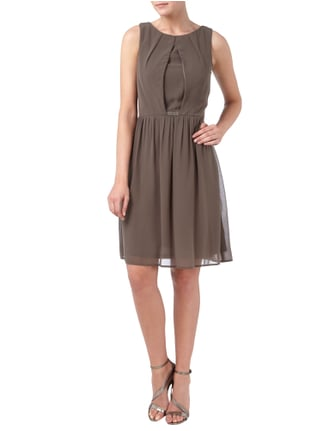 Esprit Collection Cocktailkleid mit Kellerfalte und Raffungen in Braun - 1