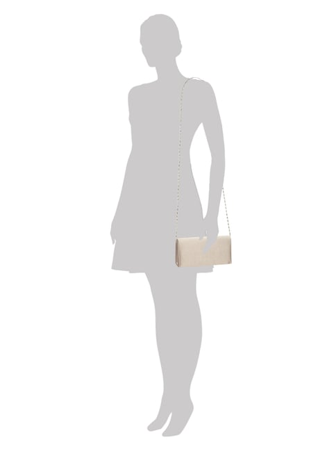 Indini Clutch aus Satin in Braun - 1