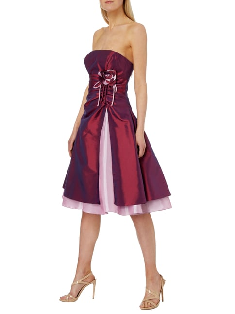 Luxuar Cocktailkleid mit floraler Applikation in Rot - 1