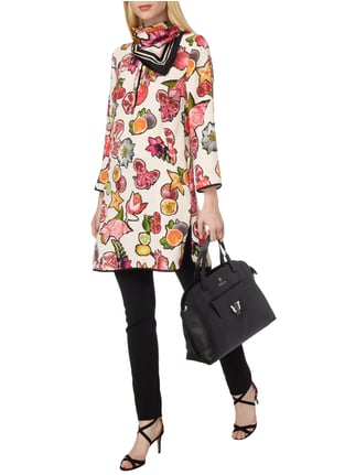 Marc Cain Collections Tuch aus Seide mit Obst-Print in Lila - 1