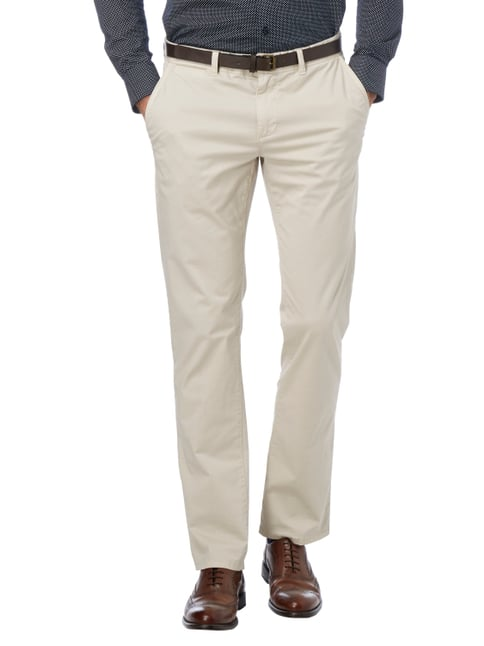 MCNEAL Regular Fit Chino mit Gürtel Kitt - 1