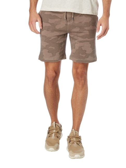 REVIEW Sweatshorts mit Camouflage-Muster Taupe meliert - 1