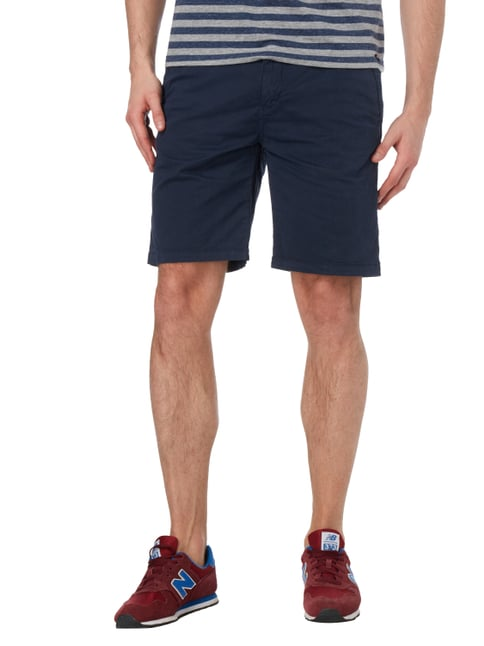 s.Oliver RED LABEL Loose Fit Chinoshorts mit Gürtel Marineblau - 1