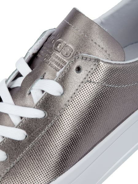 ADIDAS-ORIGINALS Sneaker 'Courtvantage' aus Leder in Metallicoptik ...
