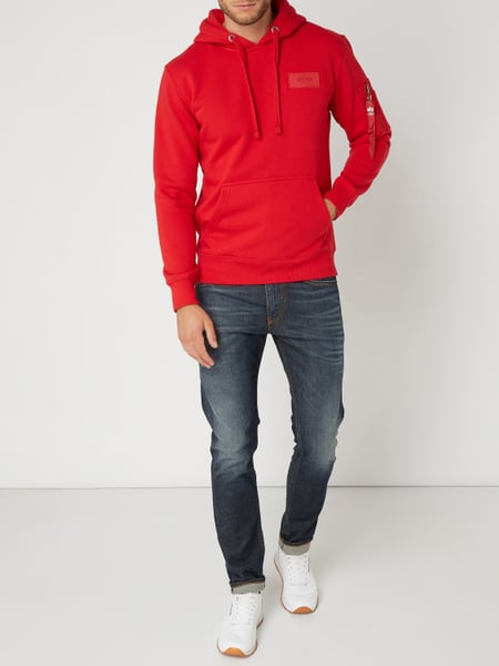 alpha industries hoodie mit logo print auf der r ckseite in rot online kaufen 9841245 p c. Black Bedroom Furniture Sets. Home Design Ideas