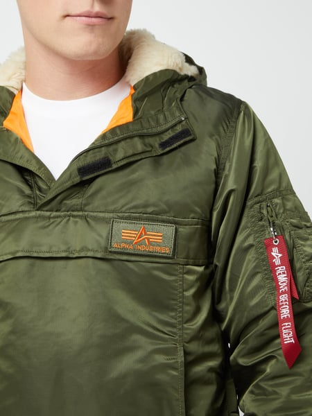 Alpha Industries – Jacke in Schlupfform mit Wattierung – Olivgrün