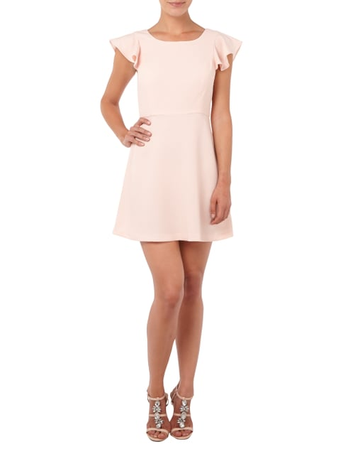 BCBGeneration Cocktailkleid mit Volants in Rosé - 1