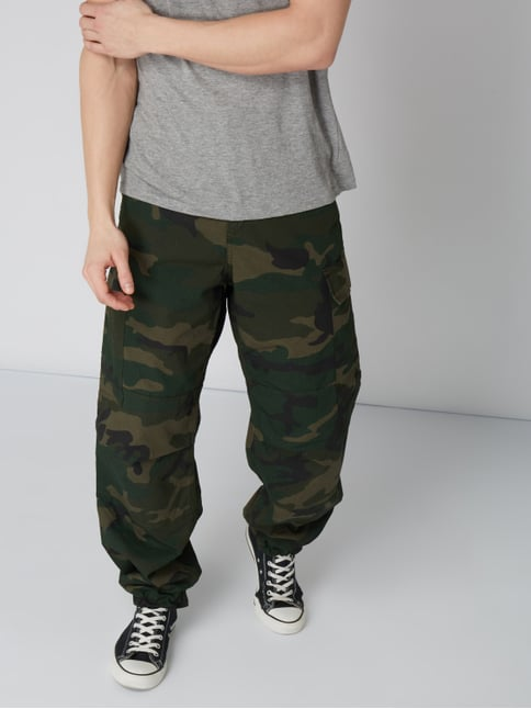 ... Carhartt Work In Progress Relaxed Fit Cargohose mit Camouflage-Muster  Olivgrün - 1 6913b4e93f