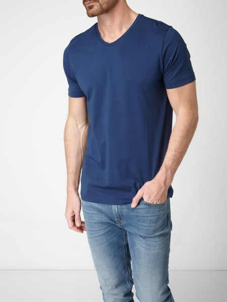 christian berg men t shirt mit v ausschnitt in blau. Black Bedroom Furniture Sets. Home Design Ideas