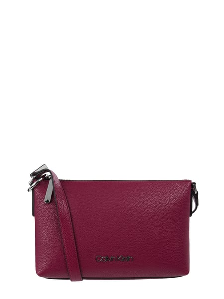 Calvin Klein Crossbody Bag mit Logo-Applikation Rosa - 1