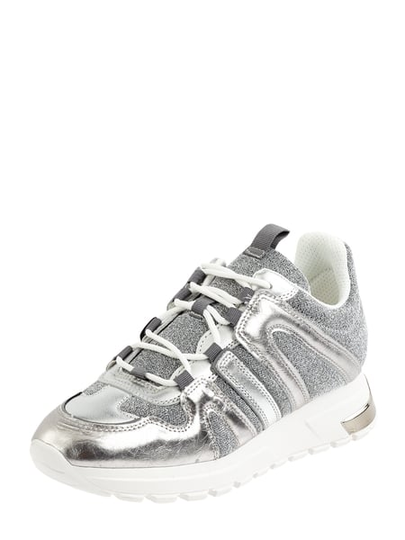 DKNY Sneaker in Metallic-Optik Silber - 1