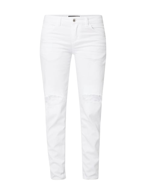 99f634c14304 109066 - Cropped Tapered Fit Jeans im Destroyed Look