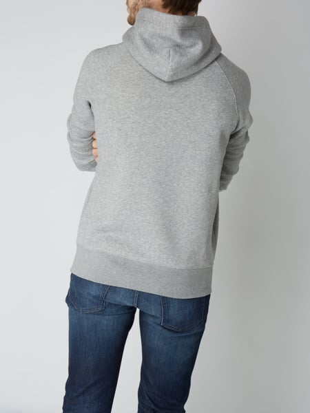 gant hoodie mit logo stickerei in grau schwarz online. Black Bedroom Furniture Sets. Home Design Ideas