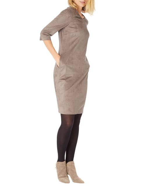 Gerry Weber Kleid in Velourslederoptik in Braun - 1
