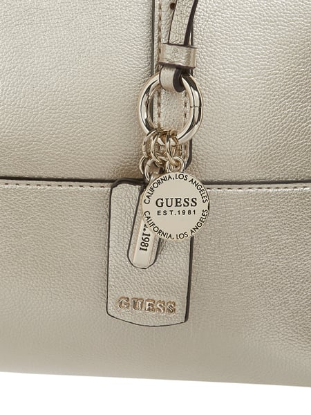 Guess </p>                     </div>   <!--bof Product URL --> <!--eof Product URL --> <!--bof Quantity Discounts table --> <!--eof Quantity Discounts table --> </div>                        </dd> <dt class=