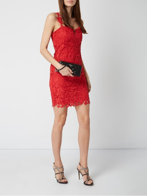 Rotes cocktailkleid eng
