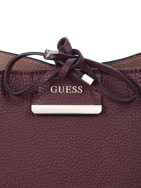 Guess Handtasche Weinrot Rot * NEU* in Düsseldorf for €90.00
