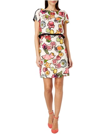 Marc Cain Collections Kleid im 2-in-1-Look mit Obst-Print in Lila - 1