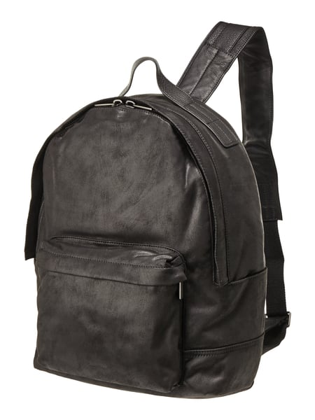 marc o polo rucksack aus beschichtetem leder in grau. Black Bedroom Furniture Sets. Home Design Ideas
