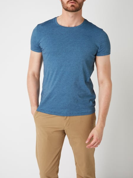 finest selection bc4ab 4b36f Marc O'Polo – Shaped Fit T-Shirt mit feinem Streifenmuster – Blau