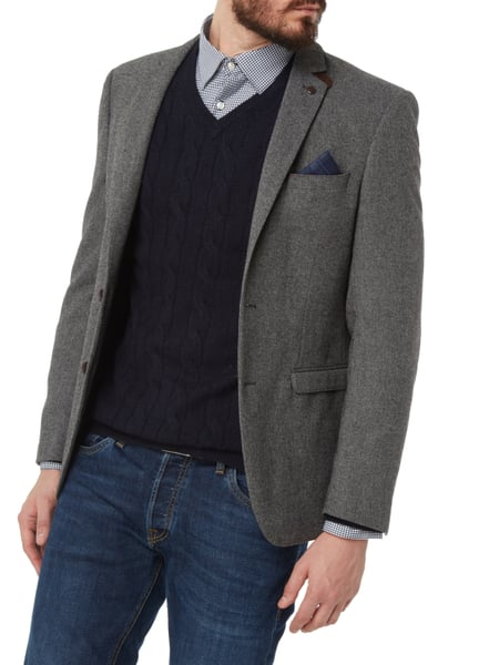 Buy Tommy Hilfiger Sakko mit Seidenanteil Patches grey at the online shop at a low price! You will find Tommy Hilfiger fashion items at the dress-for-less outlet.