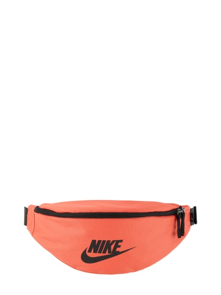 nike bauchtasche mit logo print in rot online kaufen. Black Bedroom Furniture Sets. Home Design Ideas