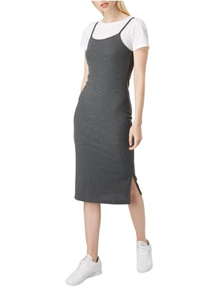 Only 2-in-1-Kleid mit Cropped T-Shirt in Grau / Schwarz - 1
