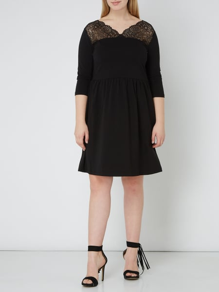 ONLY CARMAKOMA PLUS SIZE - Kleid mit floraler Spitze in ...