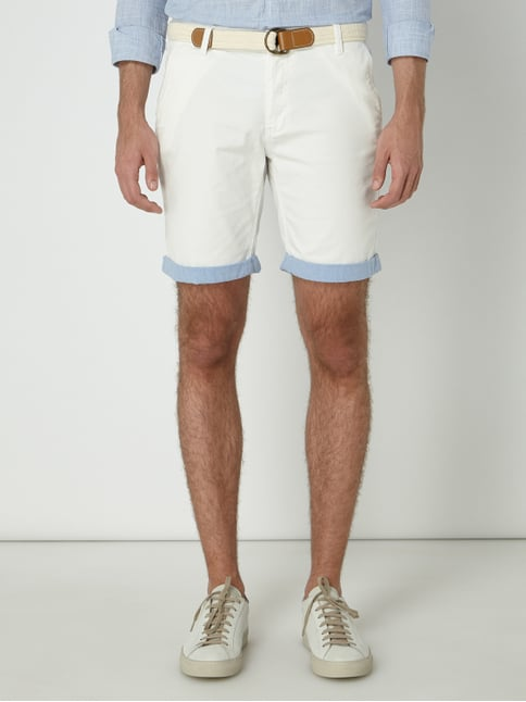 1a0d9e9599be81 ... REVIEW Chinoshorts mit Gürtel Offwhite - 1