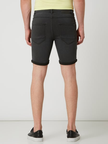 !SOLID Regular Fit Jeansshorts mit Stretch-Anteil Modell