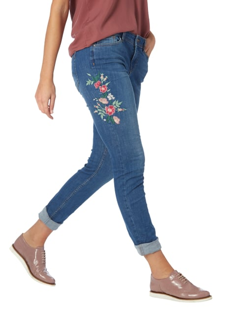 Street One Loose Fit Jeans mit floralen Stickereien Blau - 1
