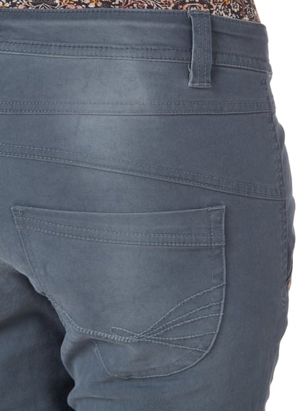Relaxed Tapered Fit Jeans mit Knopfleiste Tom Tailor online kaufen - 1 451b8d9a02