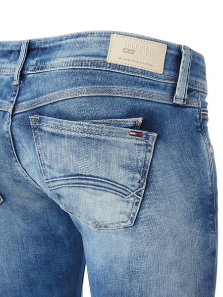 24481503bf36 TOMMY-JEANS Low Rise Skinny Fit Jeans in Blau / Türkis online kaufen ...