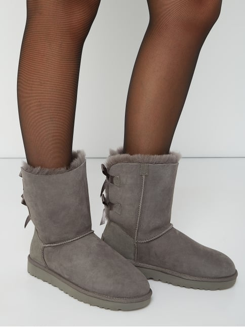 ugg australia online shop ugg boots schuhe f r damen shoppen p c online shop sterreich. Black Bedroom Furniture Sets. Home Design Ideas