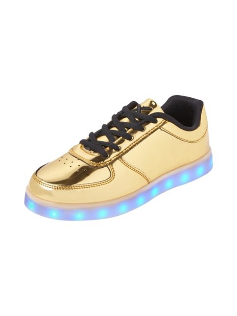 WIZE & OPE Sneakers in Goldoptik mit LED-Sohle in Gelb - 1