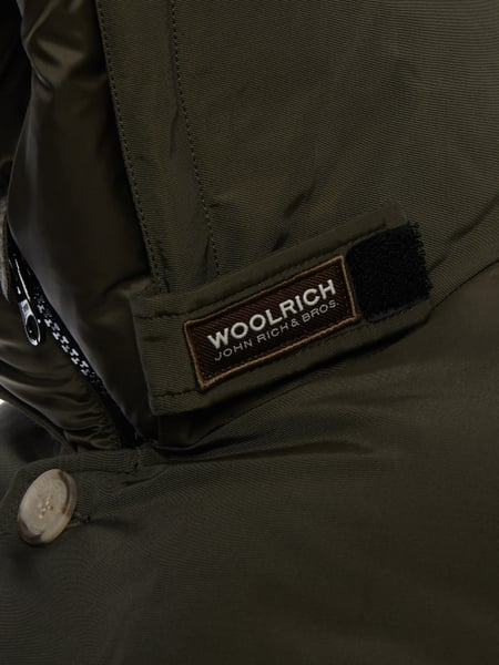 woolrich parka mit daunen federn f llung in gr n online kaufen 9687769 p c online shop. Black Bedroom Furniture Sets. Home Design Ideas